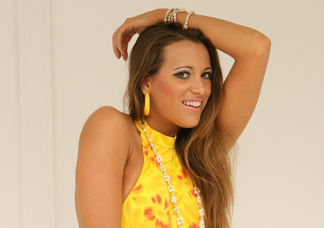 AnnaLisa01_Yellow1PC
